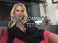 弄mommys巨乳5pt1