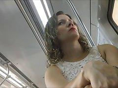 uma linda mulher