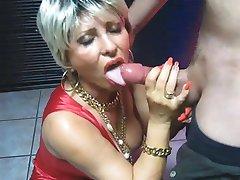 femei mature face laba si sex oral