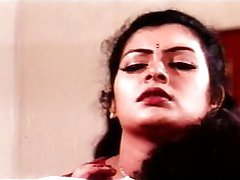 mallu beautiful aunty sajani rimantic scene