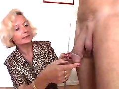 italiană bunica se bucură de 2 pule