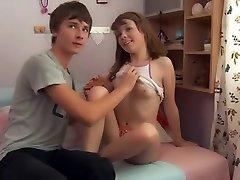MRY - super hot teen dostane prdeli přítel