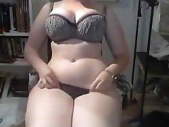 Debele latina na webcam