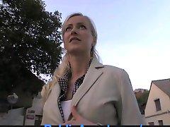PublicAgent Blonde Ex-Přítelkyně Jezdí Péro v Autě