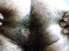 hairy Indijski rit zapri