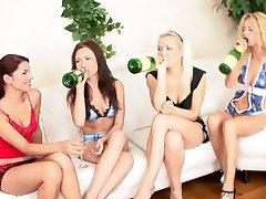 dospívající gangbang party-rusko