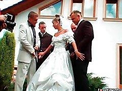 Nyní můžete gangbang nevěsty