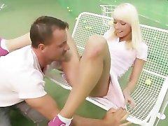 Tenista Prdeli V Její Zadek