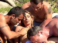 Pascal, Seb, Mike, & Lea Lazure AWESOME ANAL ((Cochinadas))