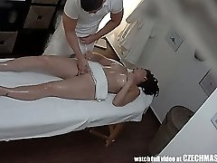 Huge-boobed MILF Gets Fucked during Massage