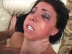 tipa bruneta dur anal