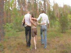 amatori daneză trei în pădure