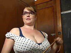 big boob profesor vrea