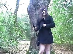 Amador inglês Teen Exibicionista vibradores em um parque público