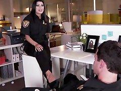 Miya الحجر الفرنسية شرطي يمارس الجنس