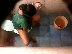 אנגלה דזי השכן דודה רחצה & שירותים מצלמת נסתרת