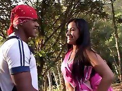 Round ass Brazilian brunette sodomized in the forest (Sid69)