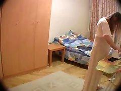 مخفي كام في زوجته's الغرفة