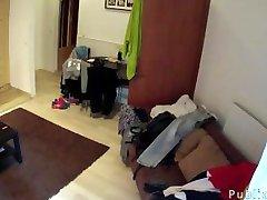 Grande dicked ragazza scopa cameriera in hotel in camera