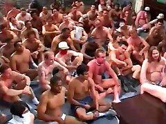 Ameriški Bukkake 11 (2000)