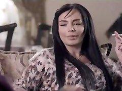 אישה ערביה עישון מינית
