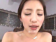Japonski bukkake zajebal & cum poljubljanje