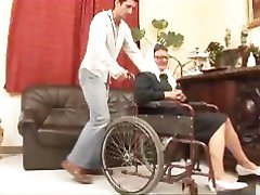 Hej Moja Babica, ki Je Kurba 19 - scene 3