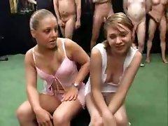Два 18 лет девочки немецкой Bukakke