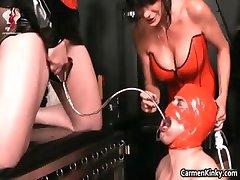 Kinky dude je spolni suženj čudno part2