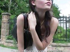 Мель подростки - подросток Элизабет нуждается в поездку