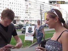 Russen Triootje In De Buitenlucht
