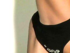 Sexy flexibele striptease