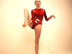Geweldig flexibele turnster meisje Maria