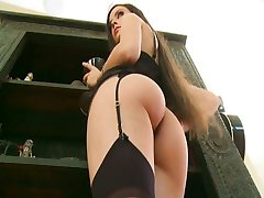 Mina Leigh gets slammed by two cocks