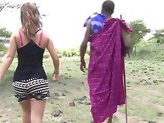 Afrikka vs Japani (Sensuroitu)