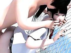 Väike Jaapani Kooli Tüdruk Kuritarvitanud