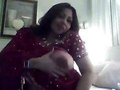hot indian fata prezinta o mare țâțe, pizde show