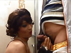 Mature whore cd Mariko cock sucking and cumshots.