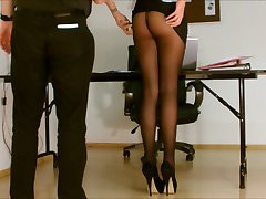 secretarul chilot expuse.