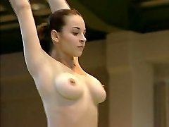 नग्न जिमनास्ट Corina Ungureanu पूरा वीडियो