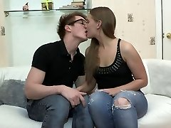 cuplu de adolescenti dracu