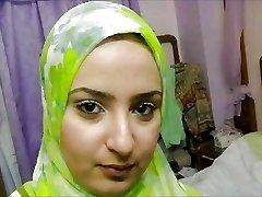 turcă-arabă-asiatice hijapp se amestecă foto 29