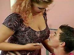बीबीडब्ल्यू बड़े स्तन यूरोपीय