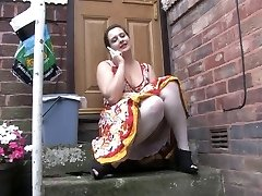 Voyeur 1 - Obese honey sitting outdoor (MrNo)