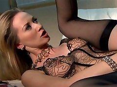 asistenta seduce si fute pacientul