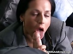 slutty bruneta milf secretara devine umed part4