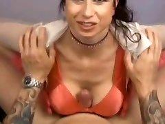 Busty MILF - POV Titfuck Kézimunka Kézimunka