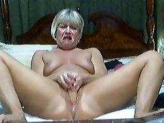 Hot Platinum-blonde Mature on cam 2