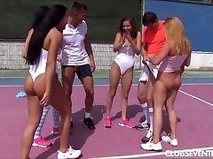 किशोर टेनिस अश्लील नंगा नाच