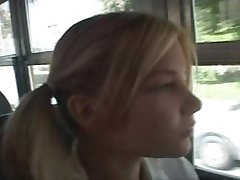holka, školní autobus